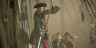 Karen Gillan podría reemplazar a Johnny Depp en el reboot de Piratas del Caribe