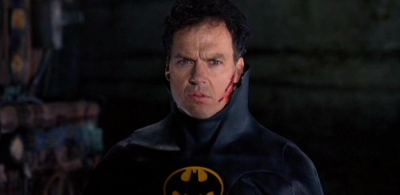 Warner Bros. podría estar interesada en una adaptación de Batman Beyond con Michael Keaton