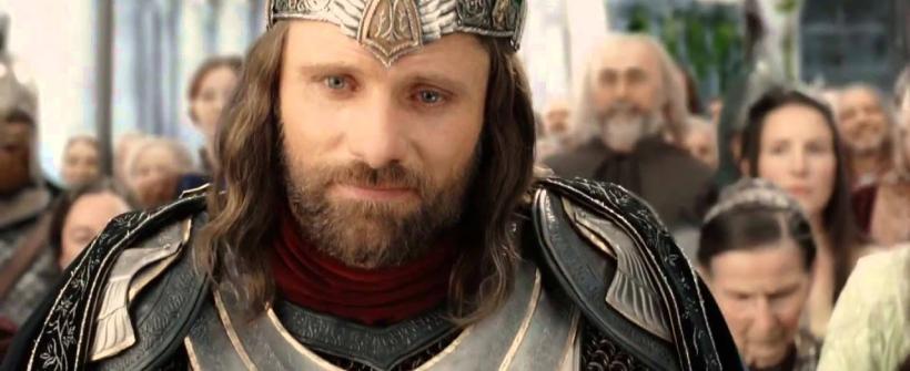 El Retorno del Rey - Clip La Coronación de Aragorn