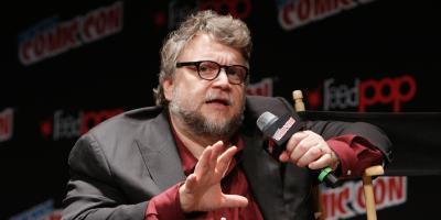 Guillermo del Toro denuncia a cerveza mexicana por robo de imagen y exige donar las ganancias a equipos infantiles de matemáticas