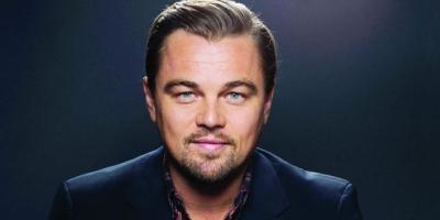 Leonardo DiCaprio corrige el error de Rose en Titanic y salva a un hombre de morir ahogado