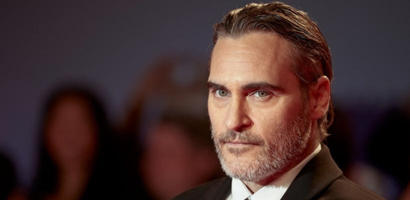 Joker: Presentadora de TV se burla del labio de Joaquin Phoenix y es destrozada en redes sociales