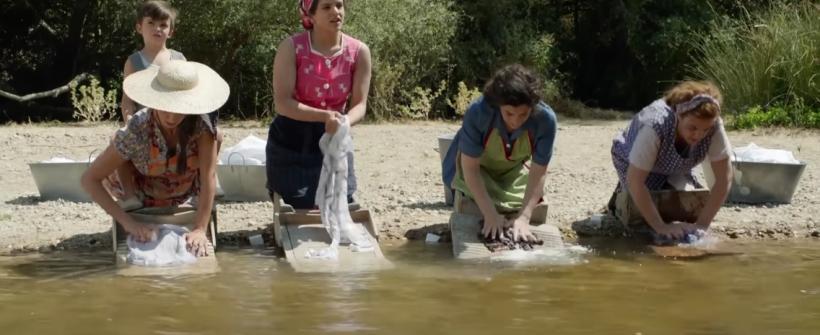 Dolor y Gloria   Secuencia del río con Rosalía