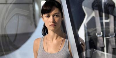 Olga Kurylenko: la estrella de 007 Quantum contrae el coronavirus
