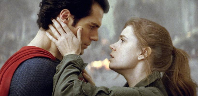 Amy Adams sugiere que Henry Cavill no regresará como Superman al DCEU