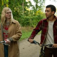 Violet y Finch (2020)