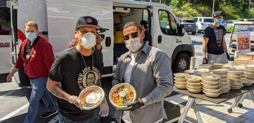 Danny Trejo salva el día sin un machete: regala desayunos a trabajadores de la salud