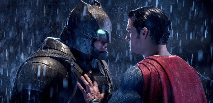 Warner Bros. parece confirmar que Henry Cavill y Ben Affleck no volverán al DCEU y los fans enfurecen