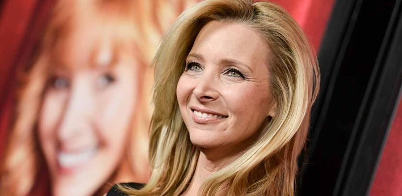 """Lisa Kudrow defiende a Friends de las críticas negativas: """"Fue una serie progresista"""""""