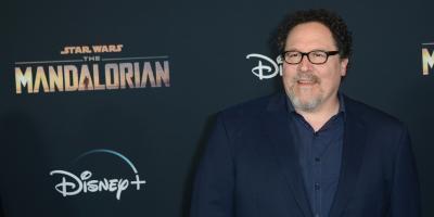 Star Wars: Jon Favreau dice que no se debe ignorar a los fanáticos como hizo Rian Johnson