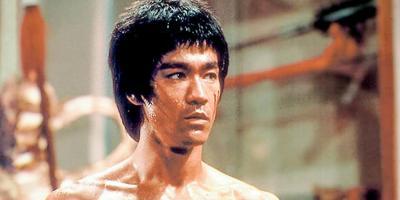 Proponen erigir estatua de Bruce Lee por haber sido un progresista que combatió el racismo