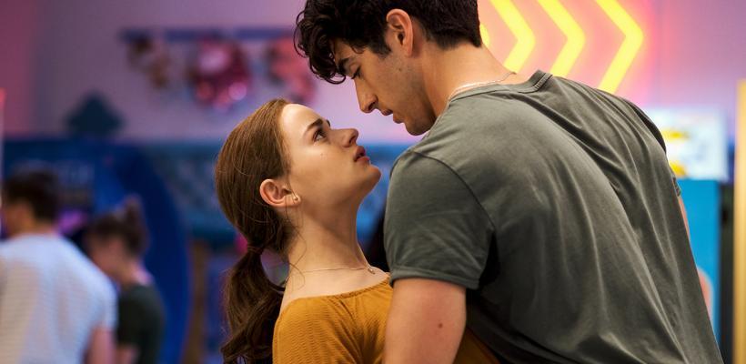 El Stand de los Besos 2: Joey King dice que la película es inmune a las malas críticas