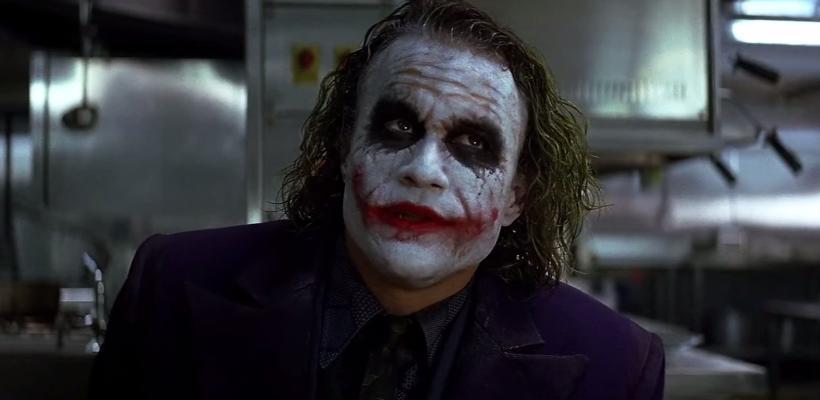 Guionista de The Dark Knight reveló que Warner quería que la película contara una historia de origen de Joker