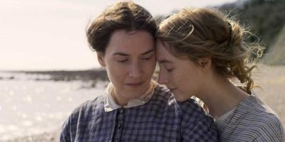 Ammonite: Saoirse Ronan y Kate Winslet en el tráiler del drama lésbico que se perfila para la temporada de premios