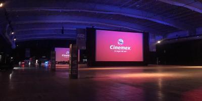 Cinemex abre el primer autocinema platino en la CDMX