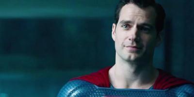 Henry Cavill habría firmado acuerdo con Warner Bros. para tres películas como Superman