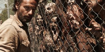 The Walking Dead: Experta critica la apariencia de los zombies en la serie