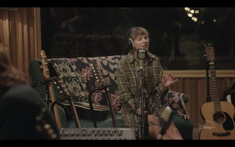 Folklore: The Long Pond Studio Sessions (2020)