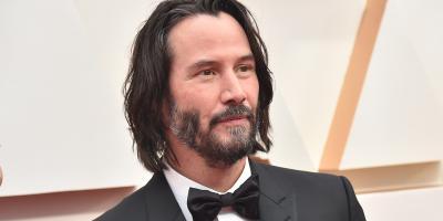 Se revela la fortuna multimillonaria de Keanu Reeves y en qué la gasta
