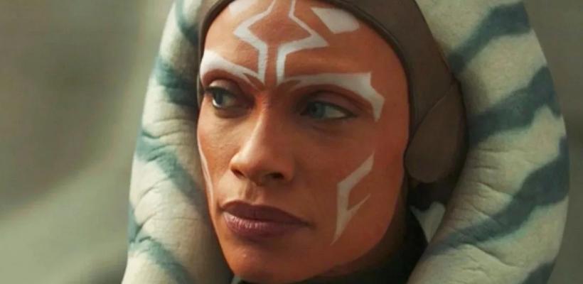 Star Wars: Rosario Dawson habría firmado para hacer una trilogía como Ahsoka Tano