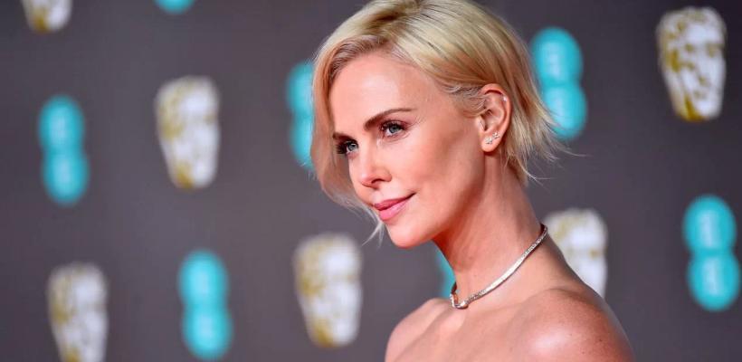 Charlize Theron quiere protagonizar un remake lésbico de Duro de Matar