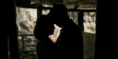 ENTREVISTA: La paloma y el lobo | Cómo sobrevive el amor entre la violencia