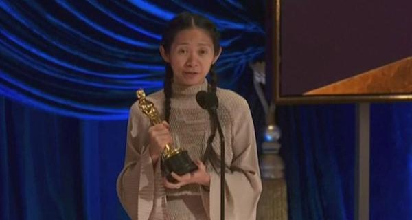 Oscar 2021: Chloe Zhao gana Mejor Dirección por Nomadland