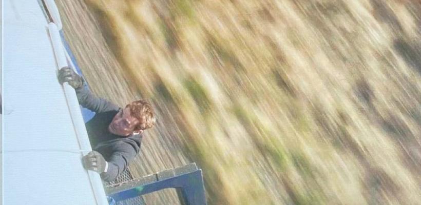 Misión Imposible 7: Tom Cruise salva a camarógrafo de caer de tren en movimiento