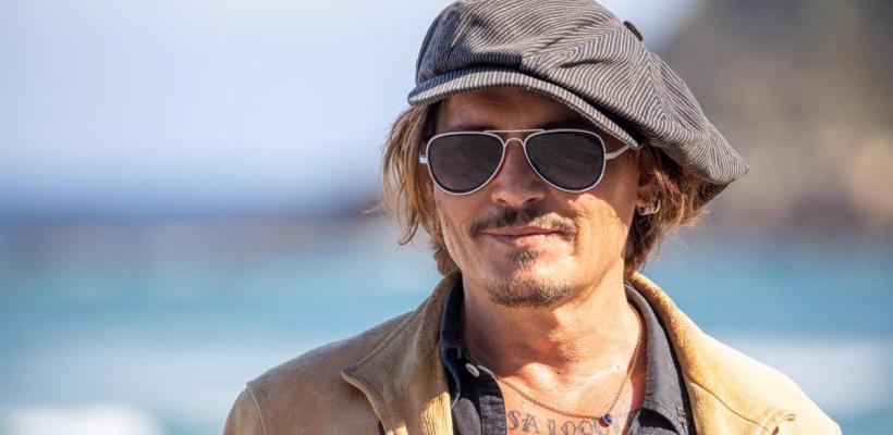 Fans celebran la presencia de Johnny Depp en el Festival de Cine de Karlovy Vary