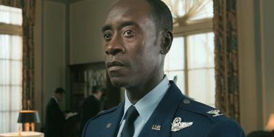 Falcon y el Soldado del Invierno: Don Cheadle no ganó el Emmy por su cameo y los fans reaccionan furiosos