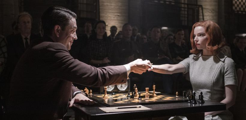 Emmy 2021: Gambito de Dama gana Mejor miniserie