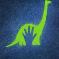 Póster oficial de The Good Dinosaur.