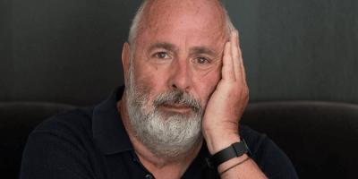 Falleció Roger Michell, director de Notting Hill y Venus