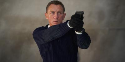 Piden que paren las películas de James Bond por su pasado misógino y racista