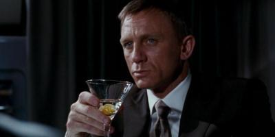 Daniel Craig aclara si James Bond hace mejor su trabajo cuando está ebrio