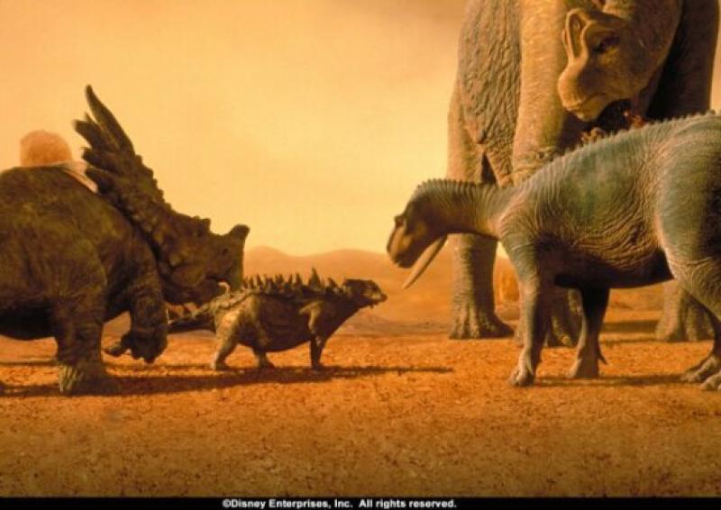 Pelicula Dinosaurio Dinosaur Un iguanodonte de tres toneladas. pelicula dinosaurio dinosaur