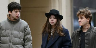 Mira el trailer de Ten Thousand Saints con Ethan Hawke, Asa Butterfield y Hailee Steinfeld