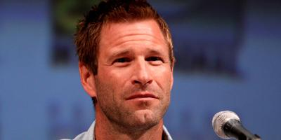 Aaron Eckhart se une a Clint Eastwood y Tom Hanks