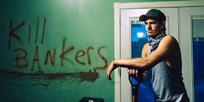 Andrew Garfield en el trailer de 99 Homes
