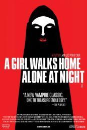 Una Chica Regresa Sola a Casa de Noche