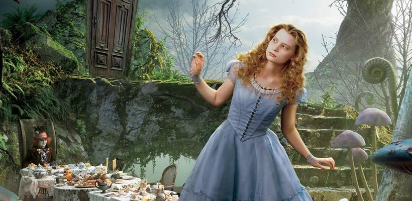 ¡Nuevos teasers de Alice Through the Looking Glass!