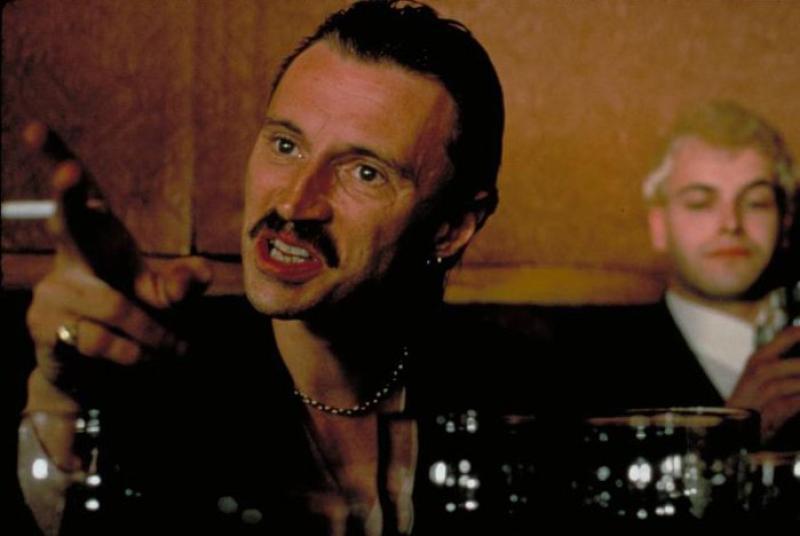 Still de Robert Carlyle y Jonny Lee Miller en Trainspotting (1996)