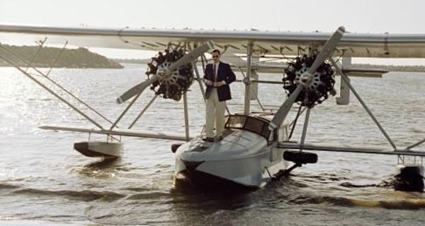 El Aviador Trailer