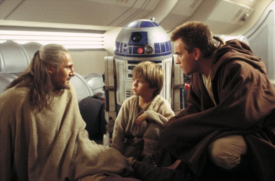 <em>© Lucasfilm Ltd. & TM. All Rights Reserved</em>
