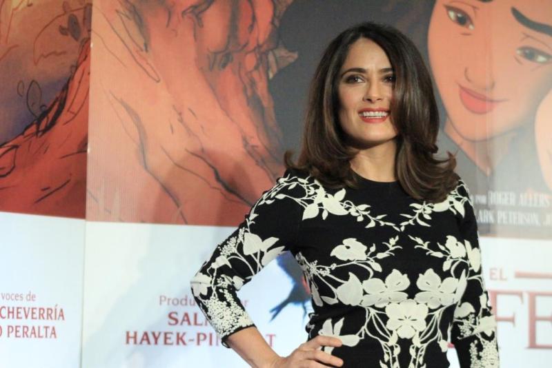 Salma Hayek es la productora de la película y además de que ella hace la voz de Kamila en la versión en inglés.