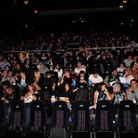 Una de las salas se comenzó a llenar para presenciar el estreno del filme.