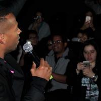 Presentó la película al público y agradeció todo el cariño que le brindaron en su primer visita a México.