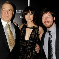 John Goodman, Mary Elizabeth Winstead y John Gallagher Jr.