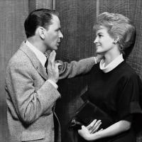 Frank Sinatra y Angie Dickinson en 11 a la Media Noche (1960)