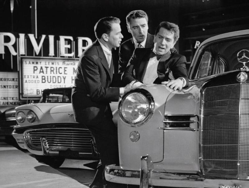 Frank Sinatra, Richard Conte y Peter Lawford en 11 a la Media Noche (1960)